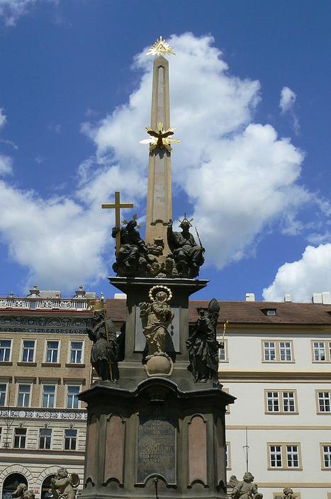 Sloup nejsvětější Trojice na Malostranském náměstí